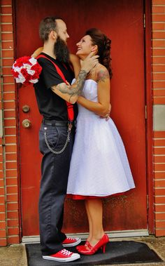 Bride and groom rockabilly themed