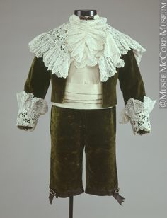 Suit 1896, 19th century Fibre: silk (velvet, taffeta, corded) cotton (lace, lining); shell: mother of pearl