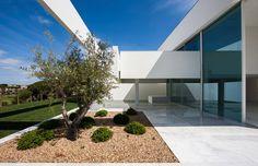 House in Quinta do Lago, Faro, 2013