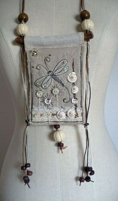 Fransien de Vries - freedom Pinned by Design 💜 Jewelry Fiber Art Jewelry, Textile Jewelry, Fabric Jewelry, Textile Art, Jewelry Art, Jewellery, Fabric Beads, Fabric Art, Fabric Crafts