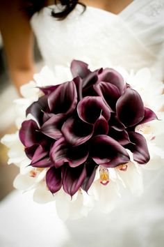 Featured Photographer: Ethan Yang Photography;  Romantic DC Wedding from Roberts and Co. Events. To see more: http://www.modwedding.com/2014/08/27/romantic-dc-wedding-roberts-co-events-2/ #wedding #weddings #bouquet