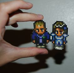 8-bit wedding cake topper, how-to