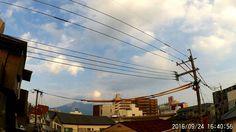 鹿児島市の風景|低層と中層の雲の動きが交差する空をタイムラプスで録ってみました。RICOH_WG1