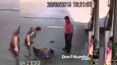 Caido del ciel el policia / Police officer fell from heaven / Uit de hem...