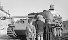 Three French boys looking at a knocked-out Panzer V 'Panther' in the Falaise pocket, Normandy August 1944 Panther Images, French Boys, Tank Destroyer, Cool Tanks, Ww2 Tanks, Battle Tank, Armored Vehicles, War Machine, D Day