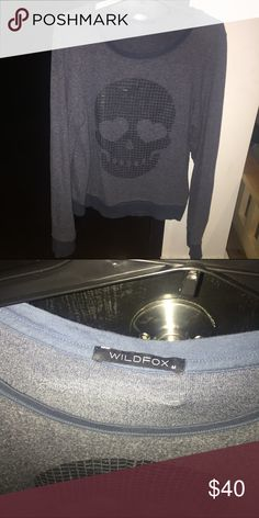 ‼️‼️PRICE DROP FINAL MARKDOWN WILDFOX‼️‼️ super cute and comfy wildfox sweatshirt Wildfox Sweaters Crew & Scoop Necks