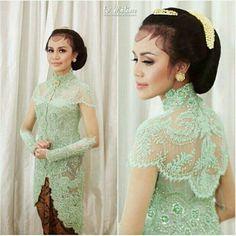 Kebaya Lace, Kebaya Hijab, Kebaya Brokat, Batik Kebaya, Dress Brokat, Kebaya Dress, Kebaya Muslim, Traditional Fashion, Traditional Dresses