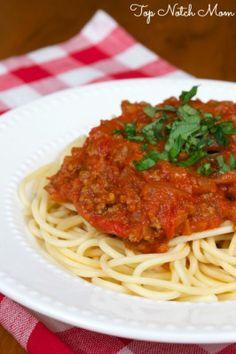 Spicy Spaghetti | www.topnotchmom.com