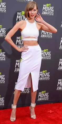 This week in color - Model, Karlie Kloss showed a lot of skin in her all white look at the MTV Movie Awards