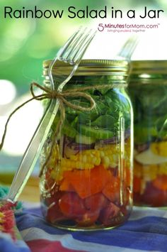 Lee shares an easy, refreshing idea for summer meals with Rainbow Salad in a Jar at http://www.5minutesformom.com