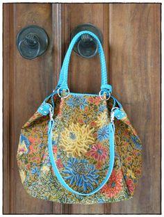 Beautiful Batik Bag ~ By Kunthi Batik Bag