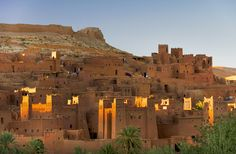 Plaza de Yamaa el Fna en el desierto del Sahara.