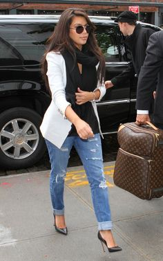 Arriving at her hotel in New York City, April 23, 2012