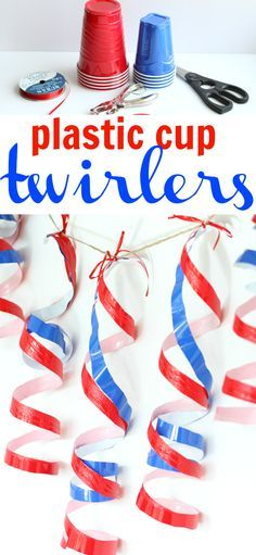 Cup Twirlers Plastic Cup Twirlers: The perfectly cheap of July decoration using the ever-American red Solo Cups!Plastic Cup Twirlers: The perfectly cheap of July decoration using the ever-American red Solo Cups! Patriotic Crafts, Patriotic Party, 4th Of July Parade, July 4th, Diy Hacks, 4. Juli Party, White Trash Party, Redneck Party, Hillbilly Party