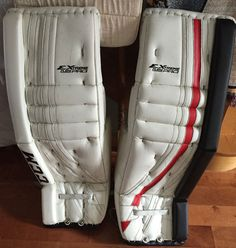 Welcome to the Chameleon Sports store! You'll find lots of info, news, pics and more about our PadSkinz, PalmSkinz, GripSkinz and PantSkinz products. Goalie Pads, Chameleon, Glove, Color Change, Sneakers, Sports, Red, Black, Fashion