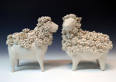 Finally post this! Pottery Animals, Ceramic Animals, Clay Animals, Ceramic Pottery, Pottery Art, Ceramic Art, Pottery Sculpture, Sculpture Clay, Cactus Ceramic