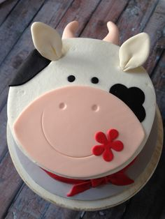 Pretty Picture of Cow Birthday Cake . Cow Birthday Cake Farm Themed Smash Cake My Cakescupcakes Cow Cakes, Cupcake Cakes, Bolo Naruto, Farm Birthday Cakes, 2nd Birthday, Birthday Ideas, Farm Animal Cakes, Animal Cakes For Kids, Farm Animals