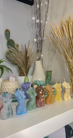 Deco Studio, Uni Room, Aesthetic Room Decor, Dream Apartment, Jolie Photo, Diy Candles, My New Room, Dream Bedroom, House Rooms
