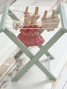 mini clothes rack. How cute is this!