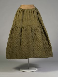 Quilted silk petticoat, possibly American, ca. 1840, KSUM 1983.1.89. Collection of the Kent State University Museum.