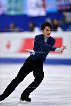 Daisuke Takahashi (JPN), .FEBRUARY 8, 2013 - Figure Skating : The ISU Four Continents Championships 2013, Men's Singles Short Program at Osaka Municpial Central Gymnasium, Osaka, Japan. (Photo by Jun Tsukida/AFLO SPORT) [0003]