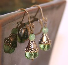 Hey, I found this really awesome Etsy listing at https://www.etsy.com/listing/203143460/mystic-bronze-peridot-green-picasso-and