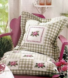 Gallery.ru / Фото #3 - 82 - irisha-ira Sewing Pillows, Diy Pillows, Decorative Pillows, Cross Stitch Cushion, Everything Cross Stitch, Cushion Cover Designs, Floral Embroidery Patterns, Monogram Pillows, Needlepoint Pillows