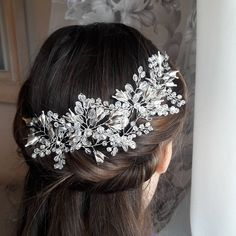 Check out this item in my Etsy shop https://www.etsy.com/listing/577898097/wedding-hair-piece-bridal-headpiece