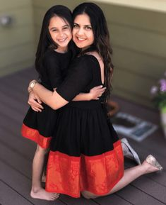 Mother & Daughter Matching Fit & Flare Madurai Saree Dress - Mogra Designs - It's a Girl Mom Daughter Matching Dresses, Mom And Baby Dresses, Dresses Kids Girl, Madurai, Mother Daughter Fashion, Mother Daughter Pics, Mother And Daughter Dresses, Fit And Flare, Sari Dress