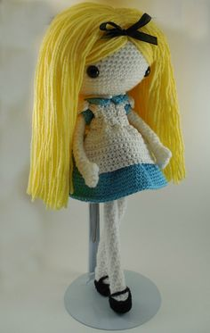 Alicia muñeca Amigurumi Crochet patrón PDF por CarmenRent en Etsy
