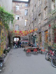 Het straatbeeld wordt meer en meer bepaald door de bewoners van de stad.