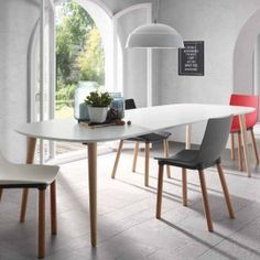 Tavolo allungabile in legno, piano bianco opaco Ian