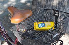 Ob unterwegs, auf der Arbeit oder in der Schule bist - die herrlich krossen und lockeren TUC Cracker mit einer leichten Salz-Note stillen schnell jeden Hunger!