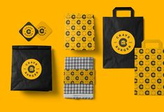 Hamburger Branding and Packaging for Crave Burger - Ateriet Burger Branding, Burger Packaging, Food Box Packaging, Food Branding, Food Packaging Design, Packaging Design Inspiration, Brand Packaging, Cafe Branding, Food Graphic Design
