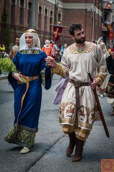Medieval Costume, Medieval Dress, Medieval Fashion, Medieval Clothing, Historical Costume, Historical Clothing, Middle Ages Clothing, Medieval Fair, Fashion History