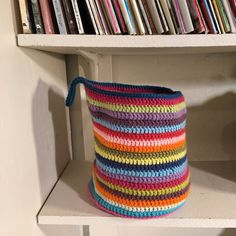 Can you believe I'm finally posting the pattern for this basket?           I just love this basket... it makes me smile every time I walk by...