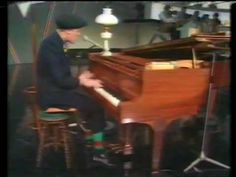 Gilbert O'Sullivan - Matrimony (live) - YouTube. (And a very brief peek at Willem Duys! Yeah!)