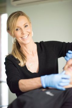 Renaissance Skin Care is a Cosmetic Clinic specialising in - Wrinkle Eraser Treatment, Dermal Fillers and Skin care, Anti-ageing, Cosmetic Botox Injections, Facial Treatments, Lip Enhancement, Peels, Wrinkle Reduction, Fat Grafting and Severe Sweating Treatment. http://renaissanceskincare.com.au/kas-hollingsworth/