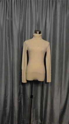 BETH BOWLEY ANTHROPOLOGY Off White Perforated Cashmere Turtle Neck Sweater Sz S #BethBowleyAnthropology #TurtleneckMock