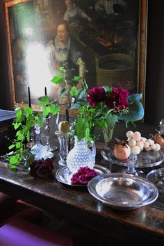 The Joy of Flowers at the home of Walda Pairon - Belgian Pearls Belgian Pearls, Belgian Style, Wonderful Flowers, World Of Interiors, Interior Design Companies, Entry Hall, Weekend Fun, Your Paintings, Cozy House