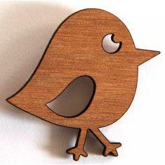 Переработанной древесины Chirpy Птица брошь