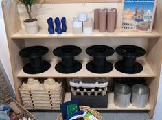 loose parts for construction area Construction Area Eyfs, Construction Area Early Years, Eyfs Activities, Nursery Activities, Reggio Classroom, Classroom Layout, Learning Spaces, Learning Environments, Deconstructed Role Play