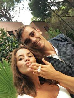 Très BEAU couple, Que du bonheur, alors ... la petite mia va être une beauté !!!