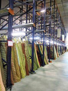 Art & Mañas » Buscando telas para tapizar… Reyes, Upholstery, Diy Crafts, My Favorite Things, Room, Handmade, Home Decor, Madrid, Textiles