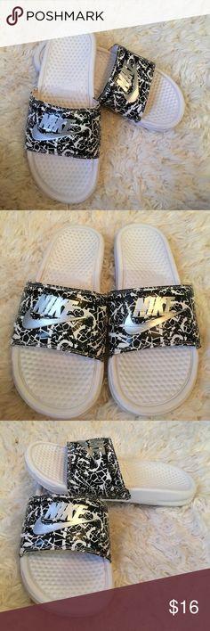Nike slides Size 7/8 patterned Nike slides Nike Shoes Slippers