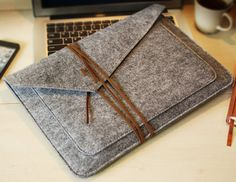 Boutique personnalisée, feutre macbook sleeve, couverture de macbook, macbook pro cas, macbook pro, macbook 13 manches, couverture mabook 13 (615) sur Etsy, $29.13 CAD