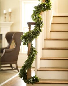 Bay Leaf Garland- Love the simplicity