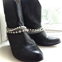 A great Christmas present! Boot chains to accessorise boots, bring sparkle and life to old boots, or to party on the big day ...