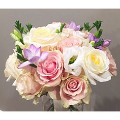 Round style pink roses bouquet Pink Rose Bouquet, Pink Roses, Pastel Colors, Colours, Wedding Bouquets, Flowers, Plants, Style, Swag