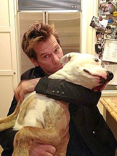 Kevin Bacon and his pit bull Lilly! see pit bulls are awesome pets ! This man could get any pet he wants and he chose a pit bull doesn't that say something ! I Love Dogs, Puppy Love, Pit Bulls, Perros Pit Bull, Animals Beautiful, Cute Animals, Celebrity Dogs, Celebrity Photos, Famous Dogs